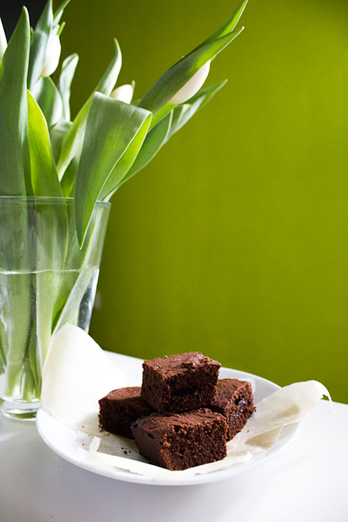 brownies-in-front-of-tulips