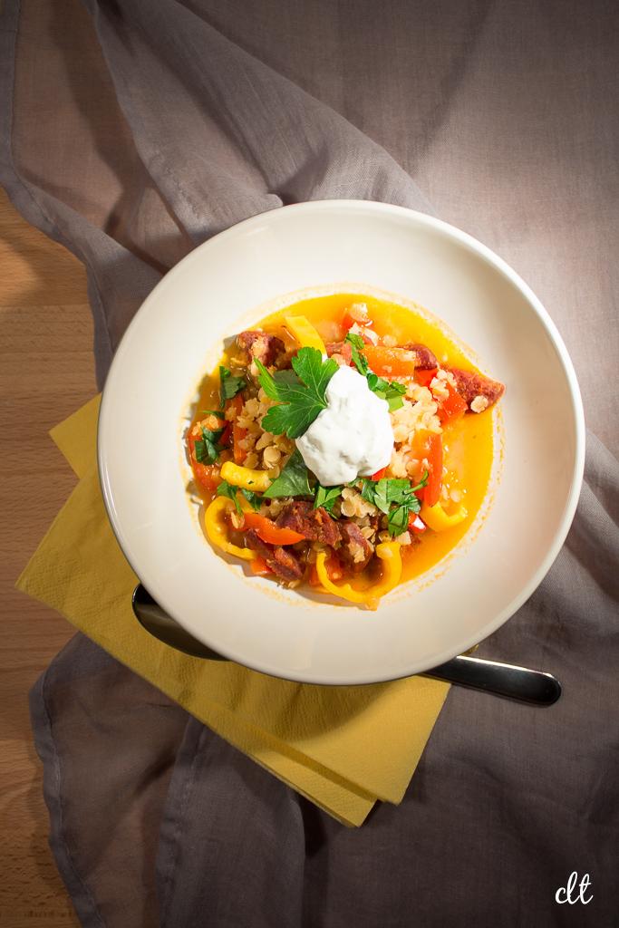 Linsensuppe mit Paprika und Chorizo