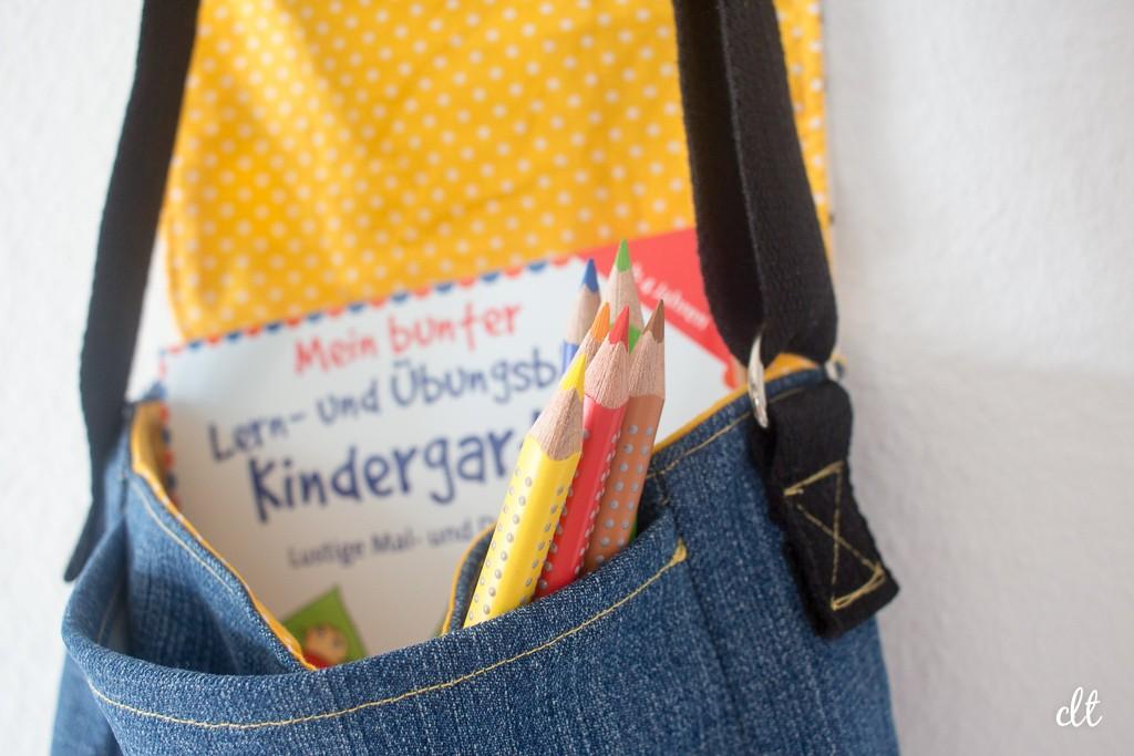 Eine prall gefüllte Kindergartentasche
