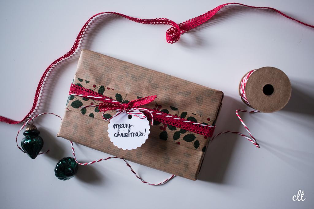 Geschenke verpacken - Idee 3: einseitig gemustertes Papier